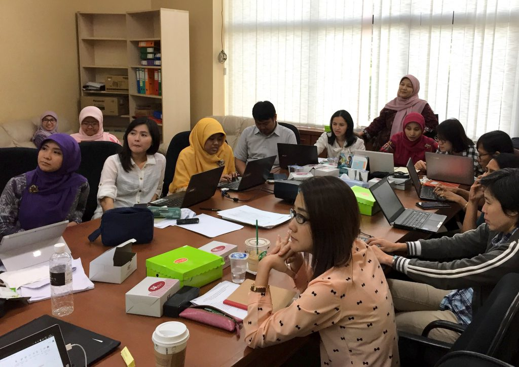 HITAP team with Indonesian participants at HTA capacity building workshop